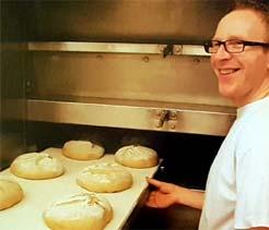 Als fachkundige Bäckerei in Höxter, Holzminden und Paderborn versorgen wir Sie immer mit frischen Backwaren aus.